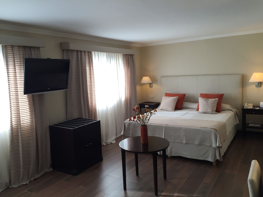 켄톤 팰리스 바릴로체(Kenton Palace Bariloche) Hotel Image 4 - Guestroom