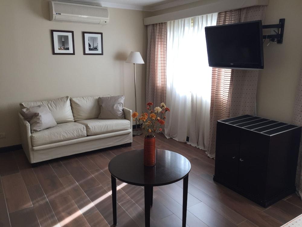 켄톤 팰리스 바릴로체(Kenton Palace Bariloche) Hotel Image 15 - Living Room