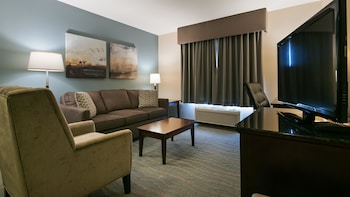Best Western Rocky Mountain House Inn & Suites - Guestroom  - #0