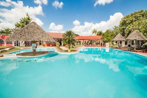 __{offers.Best_flights}__ Hotel Hacienda Inn Aeropuerto