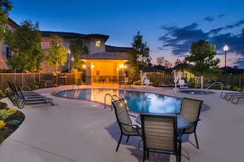 千橡萬豪廣場套房飯店 TownePlace Suites by Marriott Thousand Oaks