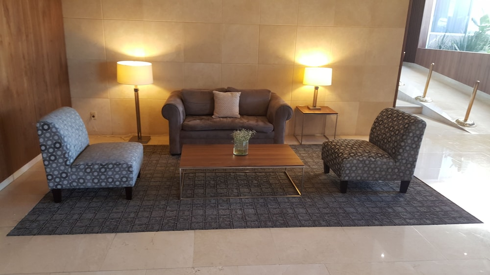Hotel Interior : Lobby Sitting Area 30 of 73