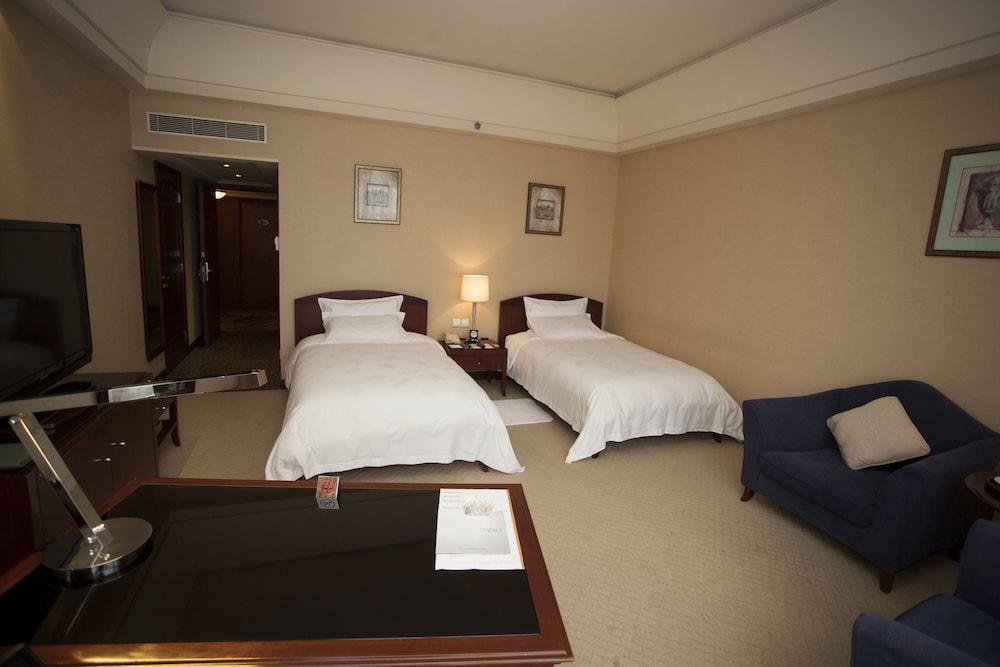 Parklane Hotel, Dongguan