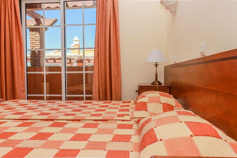 콜리나 다 라파 리조트(Colina da Lapa Resort) Hotel Image 6 - Guestroom