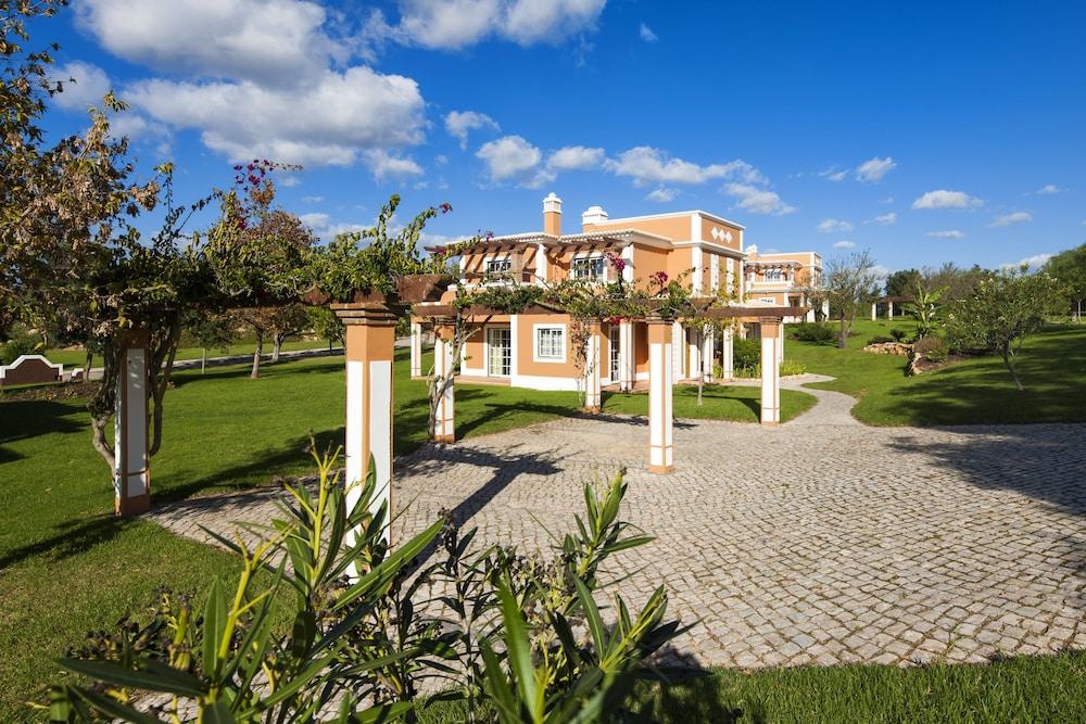 콜리나 다 라파 리조트(Colina da Lapa Resort) Hotel Image 35 - Courtyard