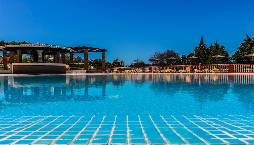 콜리나 다 라파 리조트(Colina da Lapa Resort) Hotel Image 30 - Property Grounds