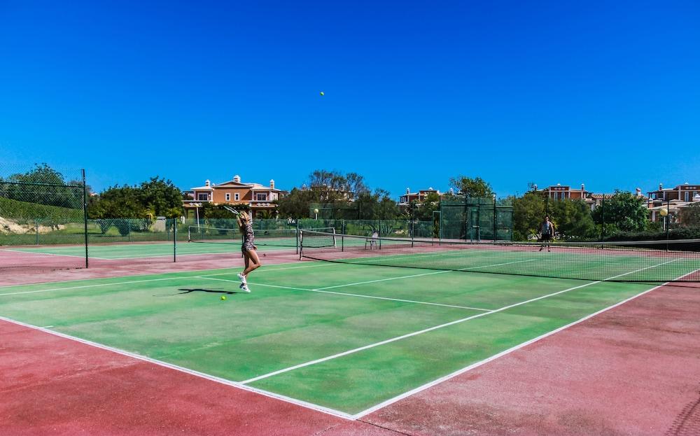 콜리나 다 라파 리조트(Colina da Lapa Resort) Hotel Image 20 - Tennis Court