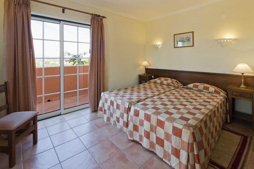콜리나 다 라파 리조트(Colina da Lapa Resort) Hotel Image 4 - Guestroom