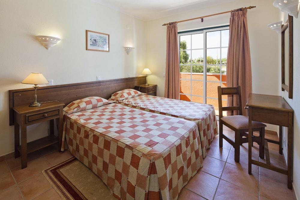 콜리나 다 라파 리조트(Colina da Lapa Resort) Hotel Image 5 - Guestroom