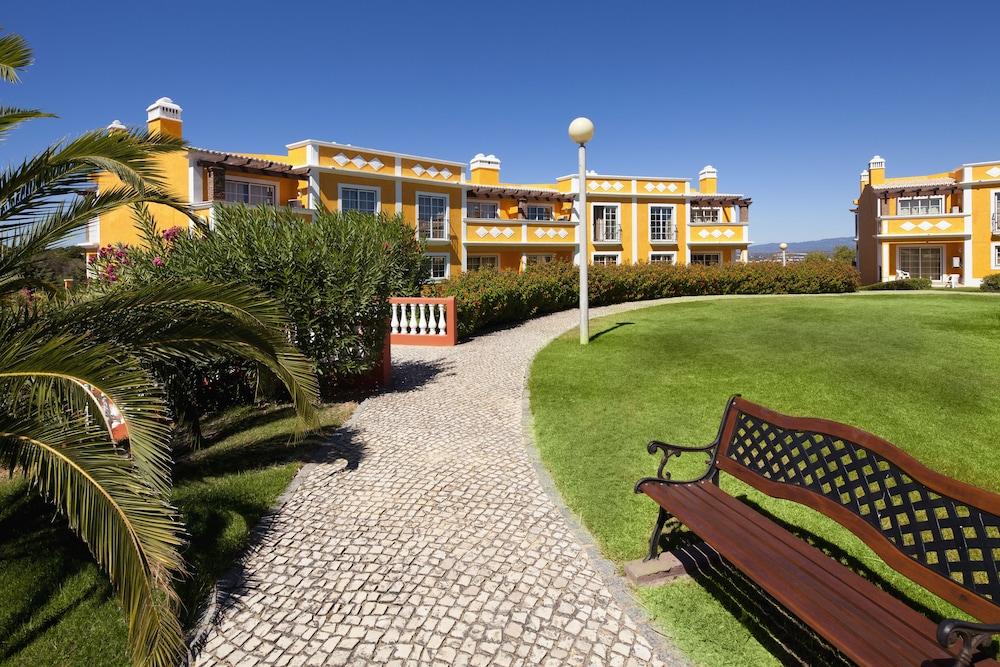 콜리나 다 라파 리조트(Colina da Lapa Resort) Hotel Image 33 - Garden