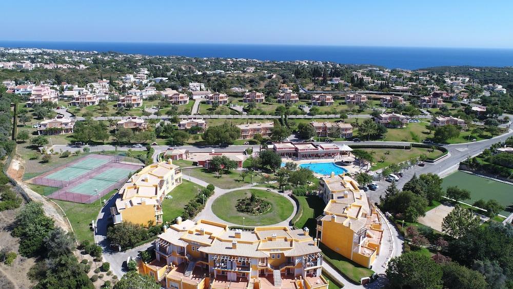 콜리나 다 라파 리조트(Colina da Lapa Resort) Hotel Image 36 - View from Hotel