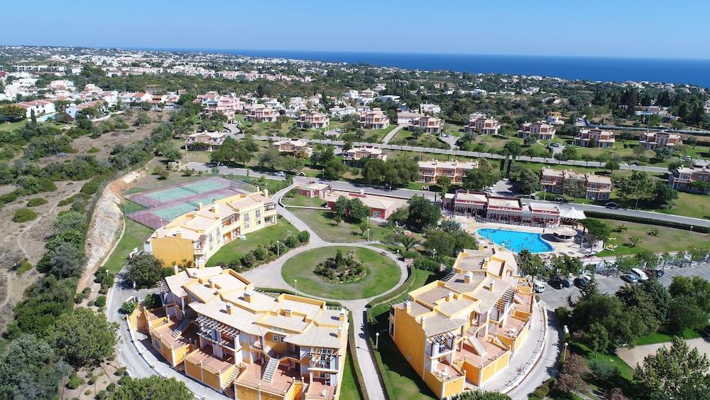 콜리나 다 라파 리조트(Colina da Lapa Resort) Hotel Image 18 - View from Hotel