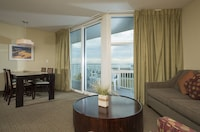 Condo, 1 Bedroom, Partial Ocean View at Seaside Resort in North Myrtle Beach