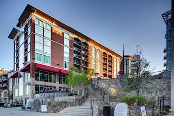 格林維爾市中心里維普雷斯歡朋套房飯店 Hampton Inn & Suites Greenville-Downtown-RiverPlace