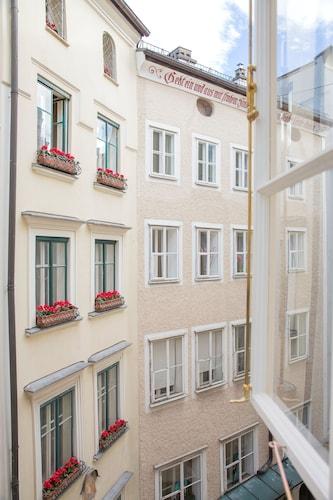 Small Luxury Hotel Goldgasse, Salzburg