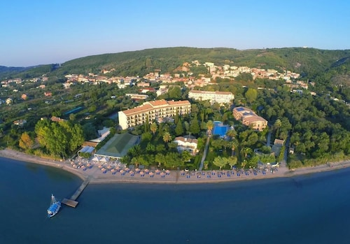 Delfinia Hotel, Ionian Islands