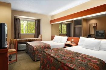 Hotel - Parry Sound Inn & Suites