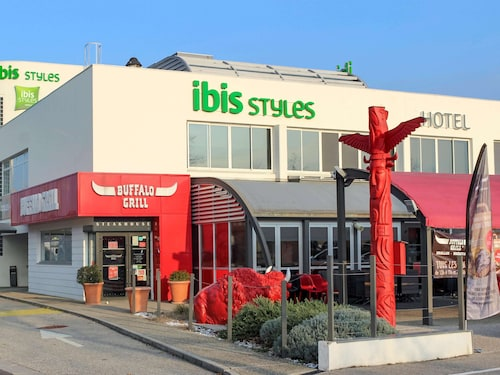 . ibis Styles Crolles Grenoble A41