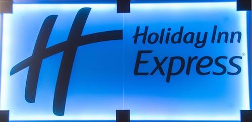 Holiday Inn Express Dunfermline, Fife