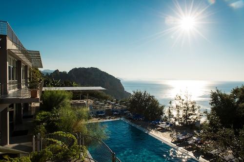 . Labranda Loryma Resort