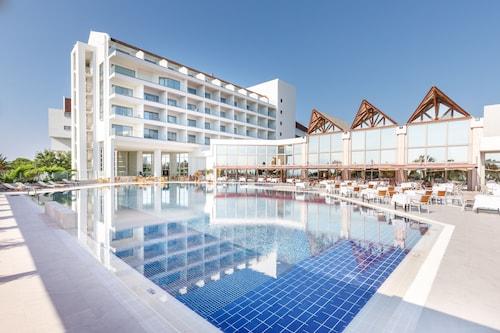 . Grand Hotel Ontur