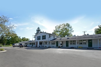 Hotel - Americas Best Value Inn Jonesville Hillsdale