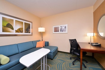 Guestroom at SpringHill Suites by Marriott Arundel Mills BWI Airport in Hanover