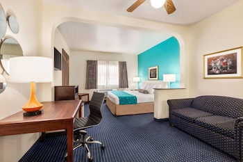Hotel - Howard Johnson by Wyndham San Antonio/NW Medical Center