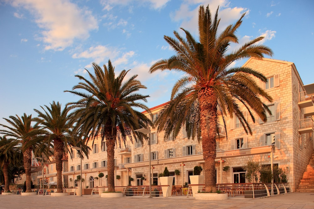 Riva Hvar Yacht Harbour Hotel, Featured Image