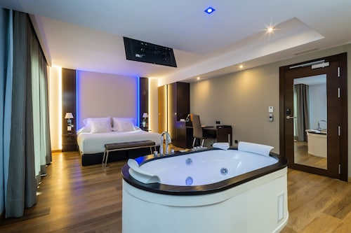 . MB Boutique Hotel - Adults Only -
