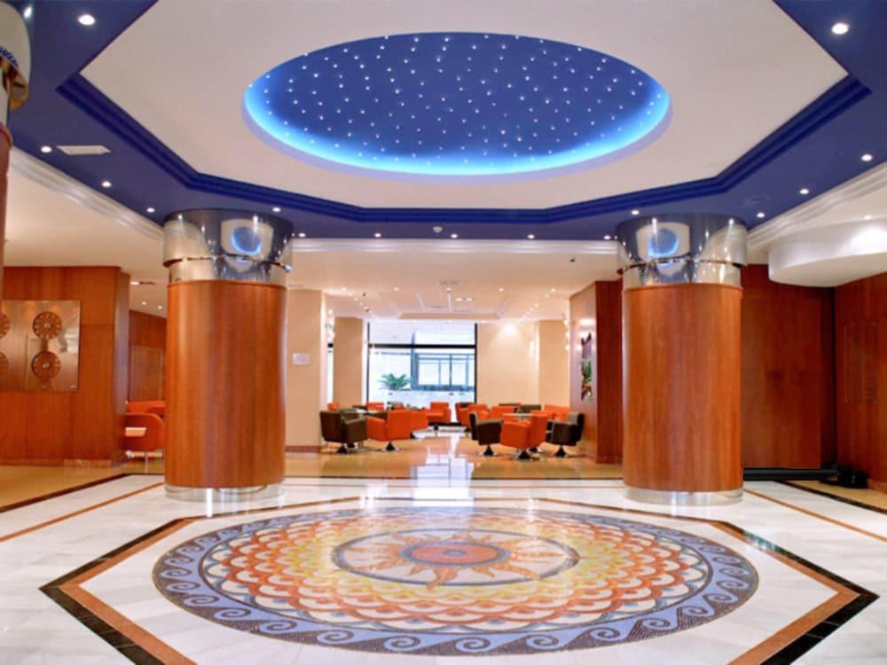 마리나 도르 플라야 4(Marina dOr Playa 4) Hotel Image 1 - Lobby
