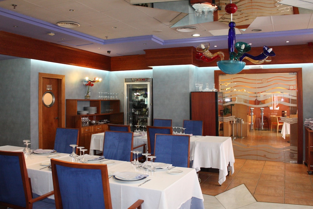 마리나 도르 플라야 4(Marina dOr Playa 4) Hotel Image 60 - Restaurant