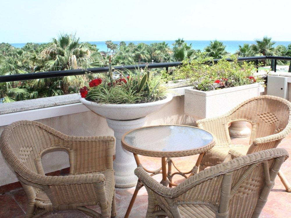 마리나 도르 플라야 4(Marina dOr Playa 4) Hotel Image 11 - Guestroom