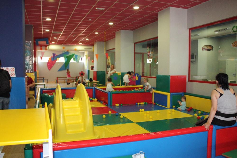 마리나 도르 플라야 4(Marina dOr Playa 4) Hotel Image 49 - Childrens Play Area - Outdoor