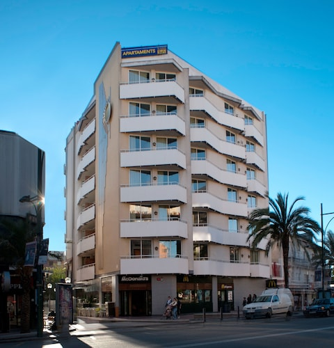 . Apartaments Lloret Sun