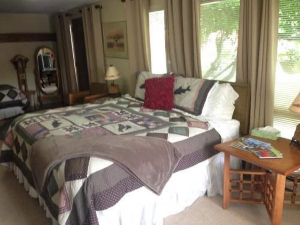 앵커리지 워크어바웃 타운 B&B(Anchorage Walkabout Town B&B) Hotel Image 8 - Guestroom