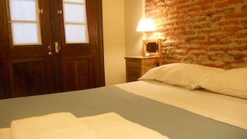Standard Room, 1 Double Bed, Courtyard View