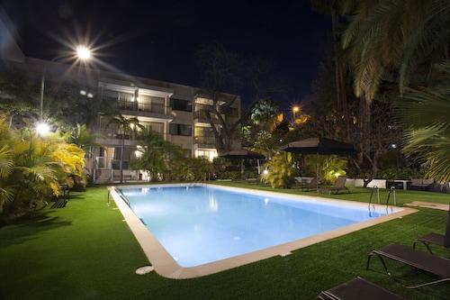 . Hotel Colón Rambla