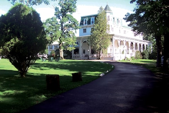 Hotel - Bavarian Manor Country Inn