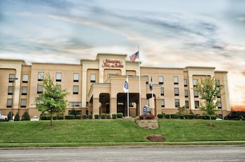 Hotel - Hampton Inn Suites Louisville East