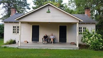 Silver Maple Lodge & Cottages - Exterior  - #0