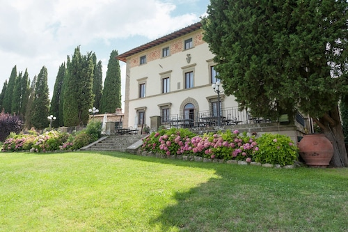 . Villa Campestri Olive Oil Resort