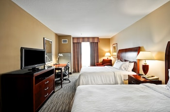 Suite, 2 Double Beds, Accessible
