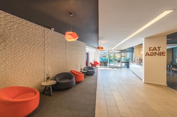 Lobby Sitting Area at Royal Pacific Hotel in Lane Cove North