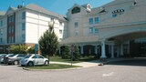 La Quinta Inn & Suites by Wyndham Islip - MacArthur Airport