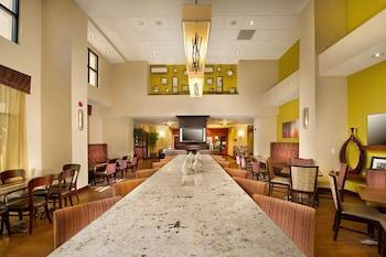 聖安東尼機場歡朋飯店 Hampton Inn & Suites San Antonio Airport