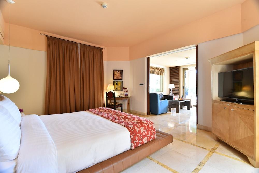 https://i.travelapi.com/hotels/2000000/1490000/1489600/1489538/23c0ce5f_z.jpg