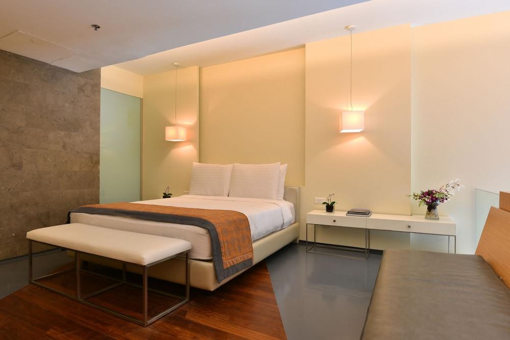 https://i.travelapi.com/hotels/2000000/1490000/1489600/1489538/7798ea03_z.jpg