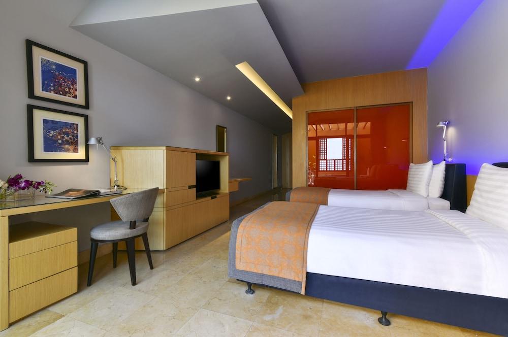 https://i.travelapi.com/hotels/2000000/1490000/1489600/1489538/839e0097_z.jpg