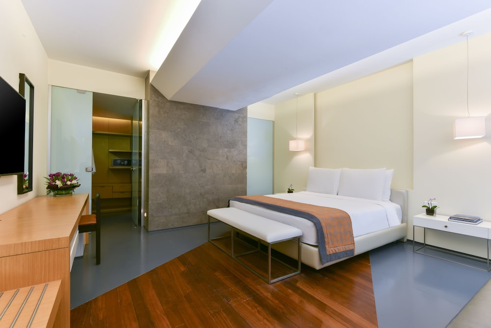 https://i.travelapi.com/hotels/2000000/1490000/1489600/1489538/d1b6532f_z.jpg